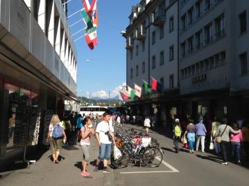 Pusat Souvenir Zurich