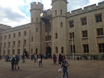 White Tower di kawasan Tower of London