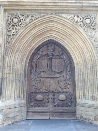 Pintu masuk Bath Abbey