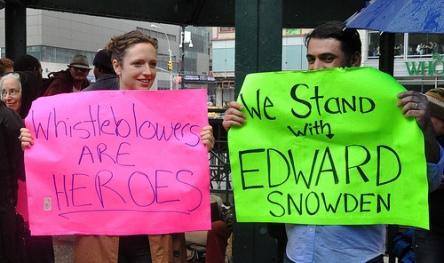 Edward-Snowden-SC